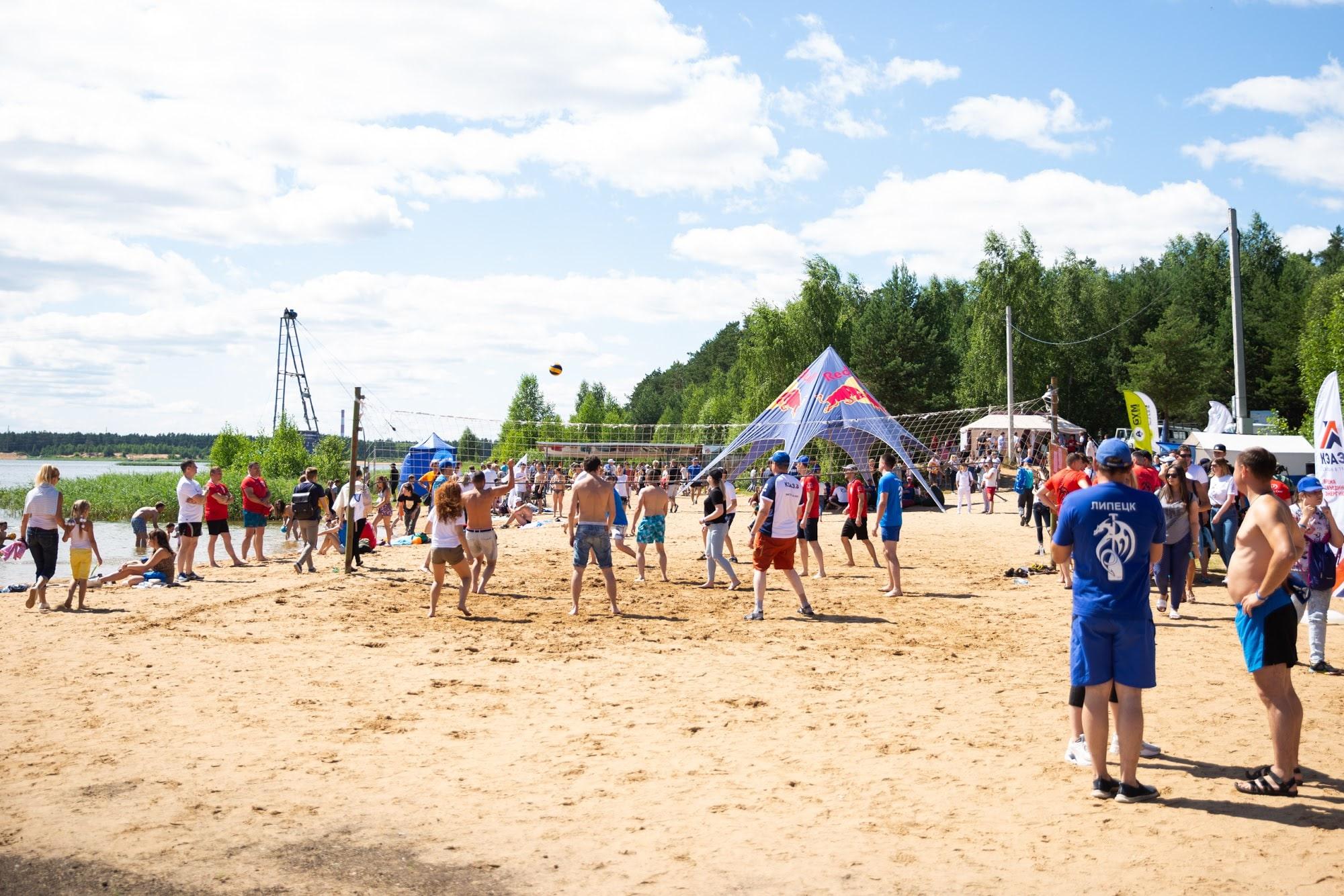 Владимир Васильев обсудил с общественниками и бизнесменами создание зоны отдыха на Константиновском карьере под Тверью