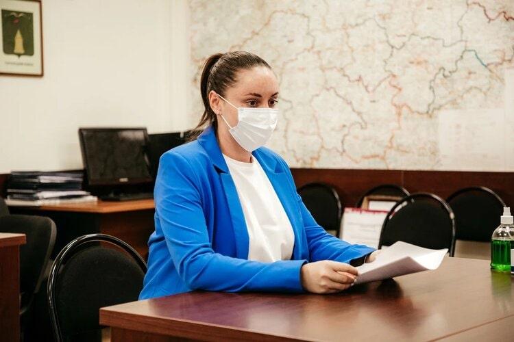Владимир Васильев и Юлия Саранова подали документы на регистрацию кандидатами в депутаты Госдумы