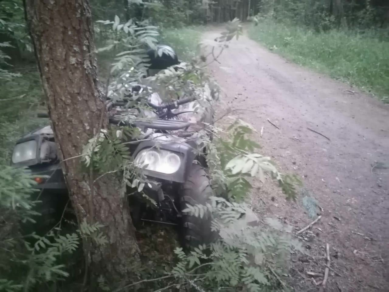 16-летняя квадроциклистка и её пассажирка попали в больницу после ДТП в Тверской области