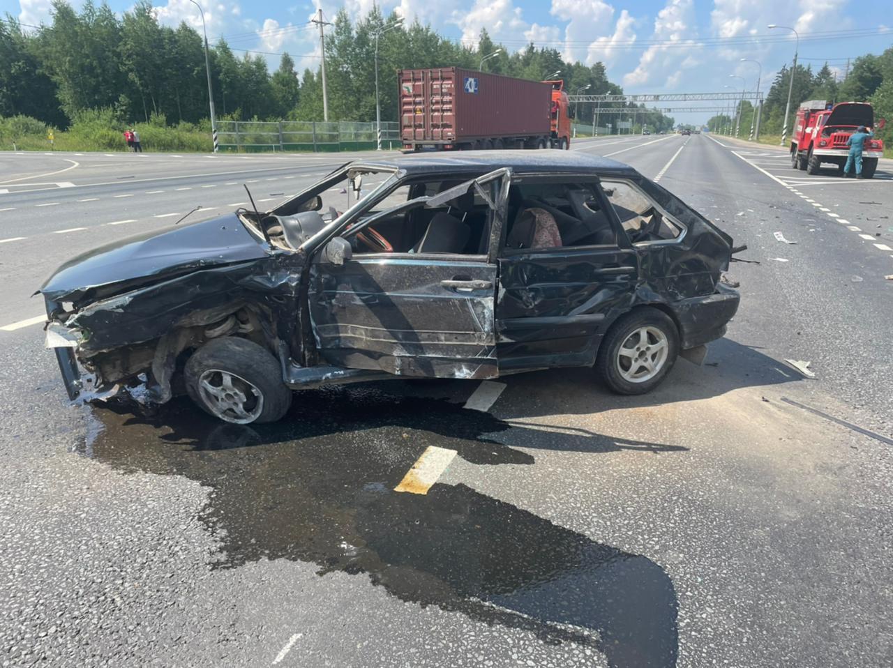 Появились подробности аварии в Тверской области, в которой серьёзно пострадала 11-летняя девочка