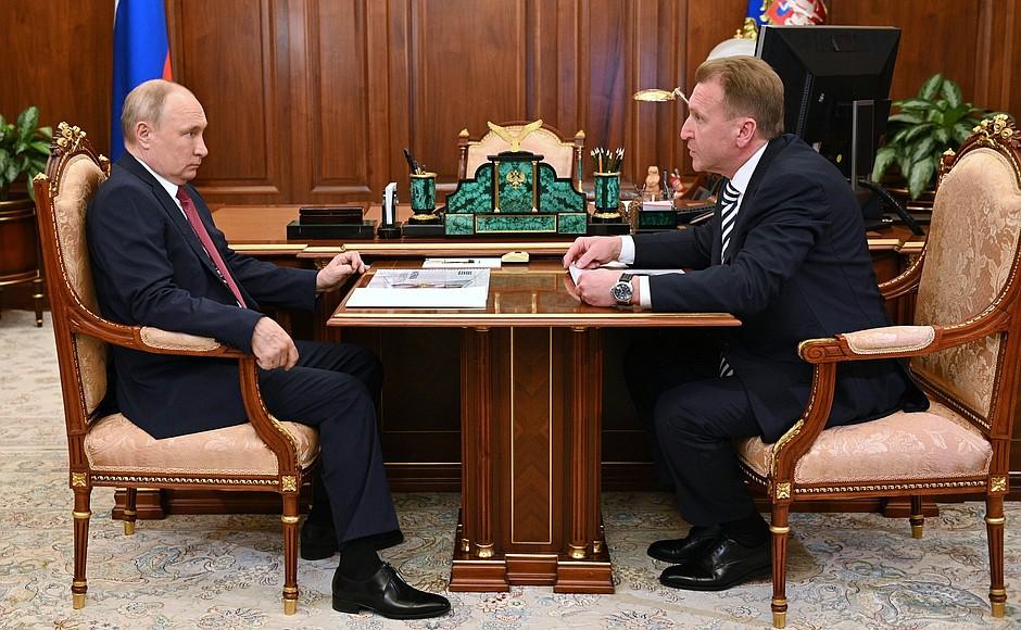 Владимиру Путину рассказали об успешном запуске пилотного проекта по городскому транспорту в Твери