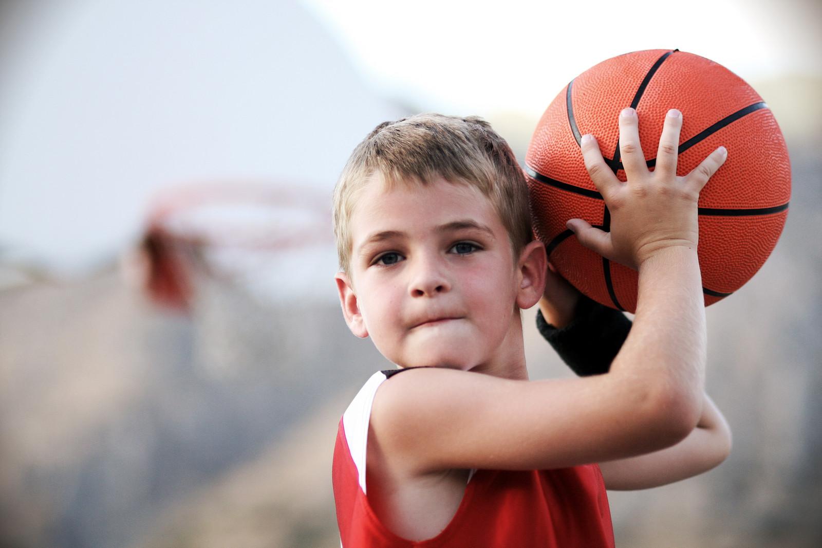 Записать детей в спортивные школы Твери можно онлайн