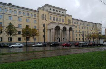 Мать студентки из Тверской области дала взятку сотруднику медицинского университета
