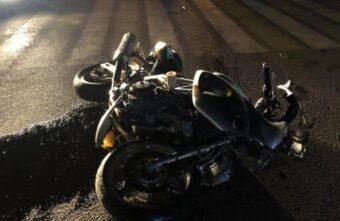 В Тверской области машина сбила мотоциклиста-подростка без водительских прав