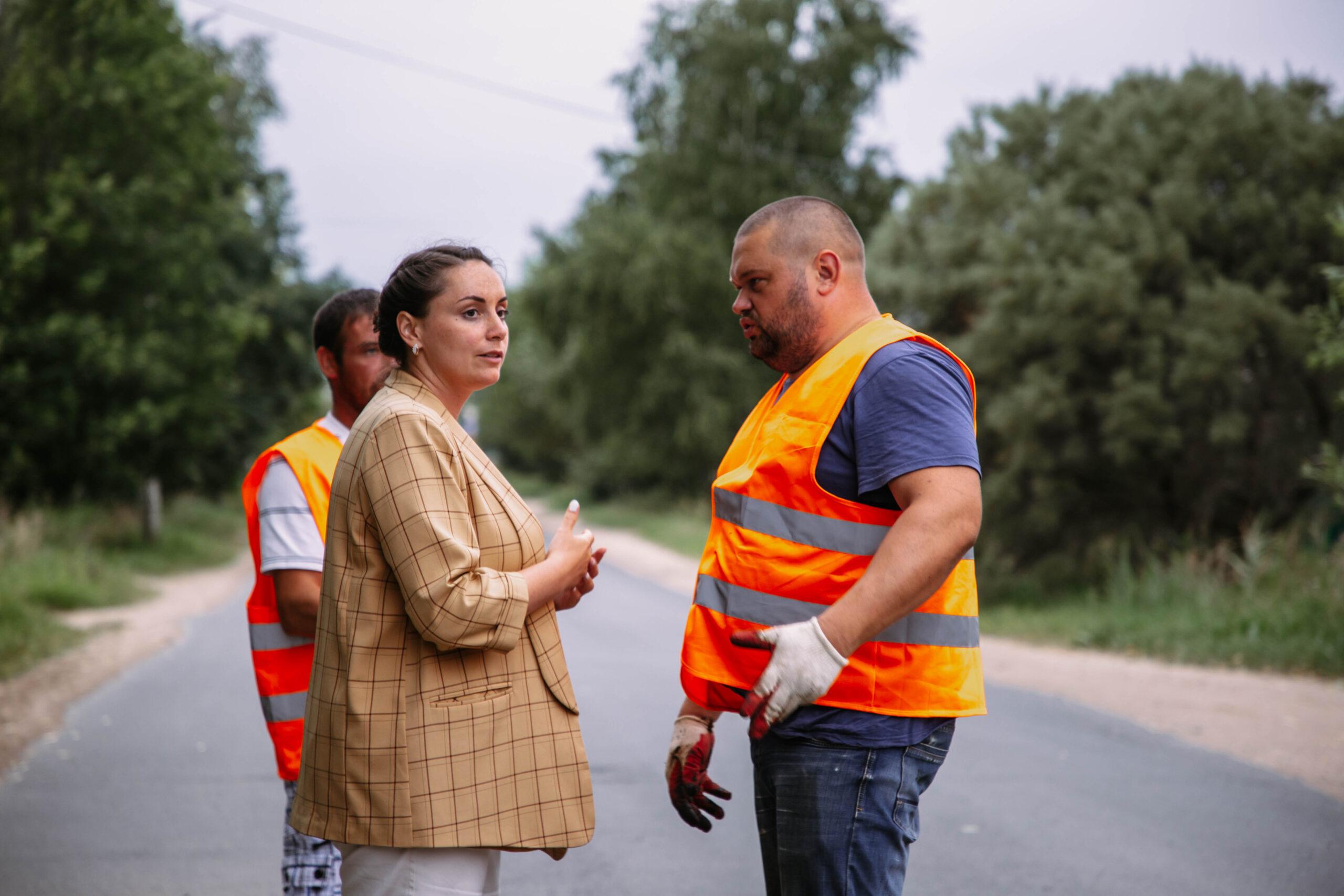 Общественники ремонтируют дороги в тверских дворах