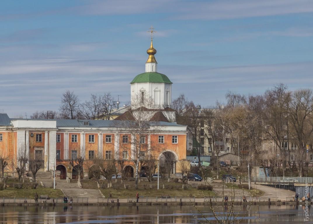 Губернатор рассказал президенту о планах восстановить монастырь и Речной вокзал в Твери