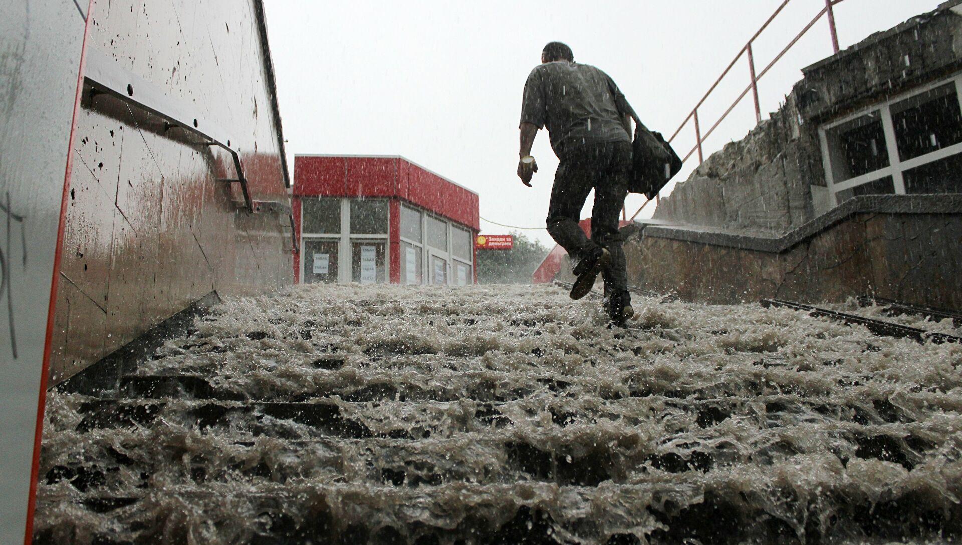 Спасатели предупреждают: сильный ветер и ливни уже на пороге Тверской области