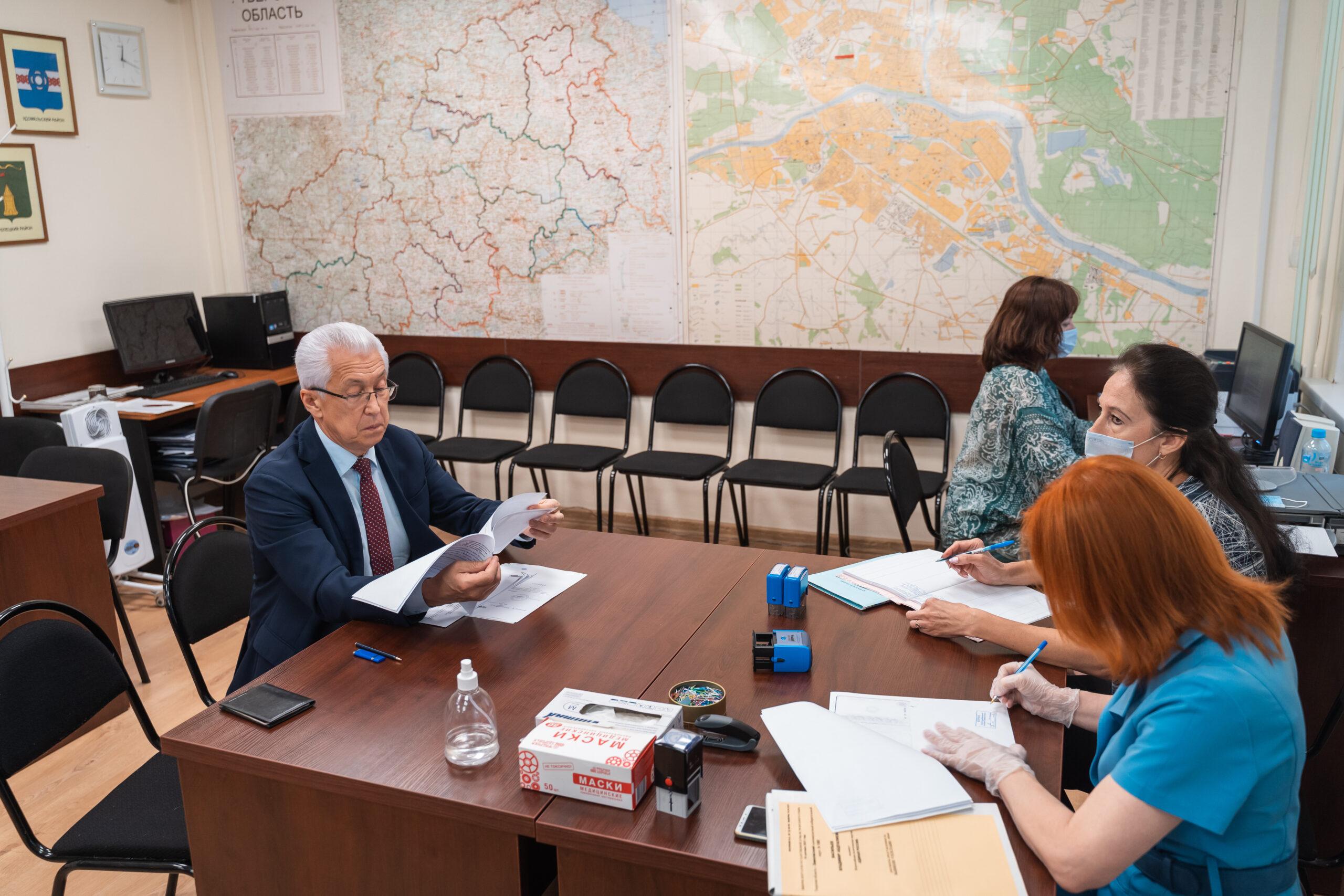 Уважаемый политик и человек Владимир Васильев отмечает день рождения