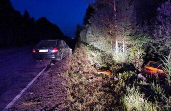 В Тверской области два автомобиля столкнулись лоб в лоб