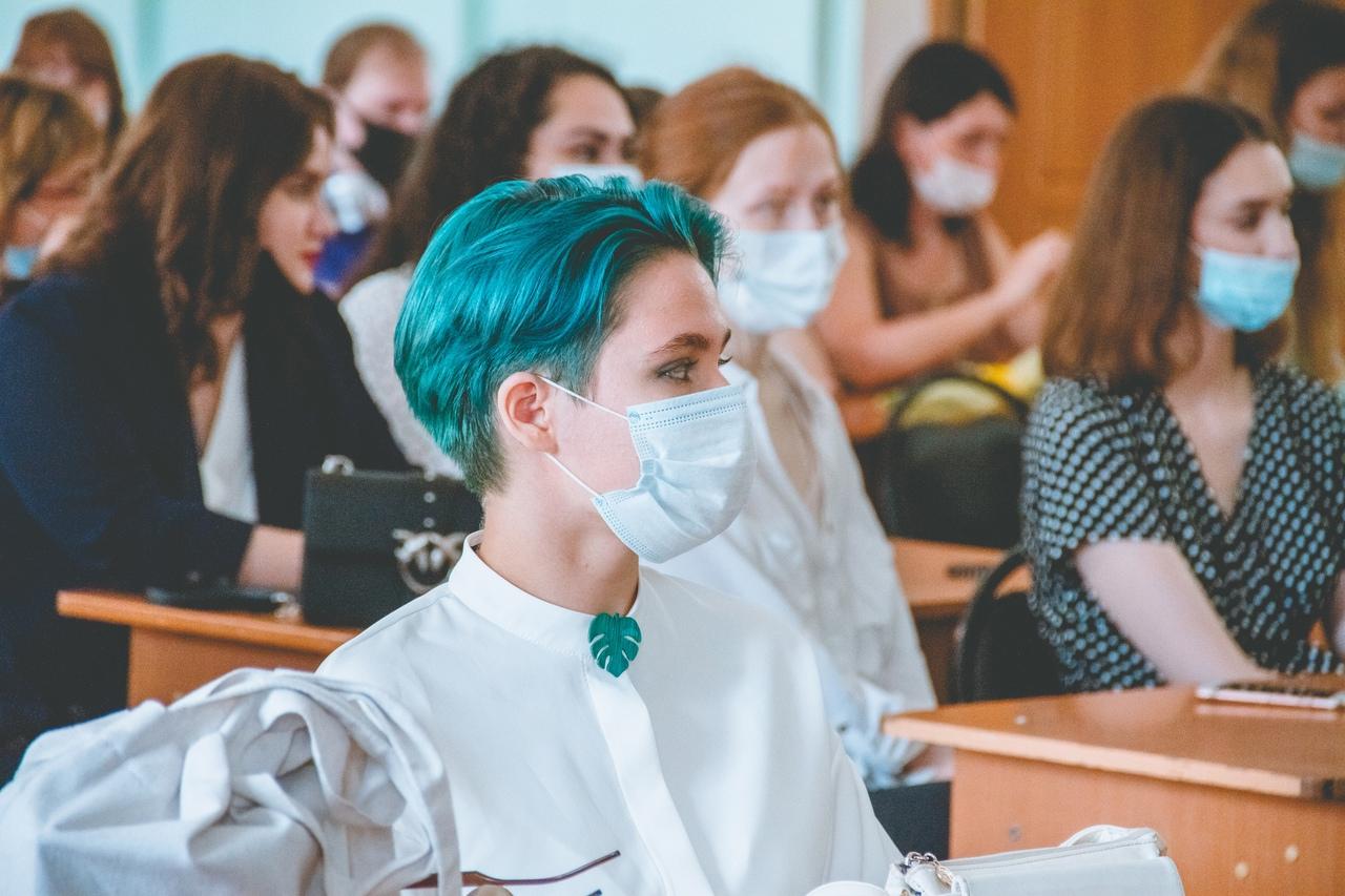Непривитых от ковида тверских студентов не отправят на дистант