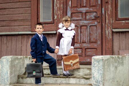 Жителям Тверской области рассказали, сколько стоит собрать первоклассника в школу