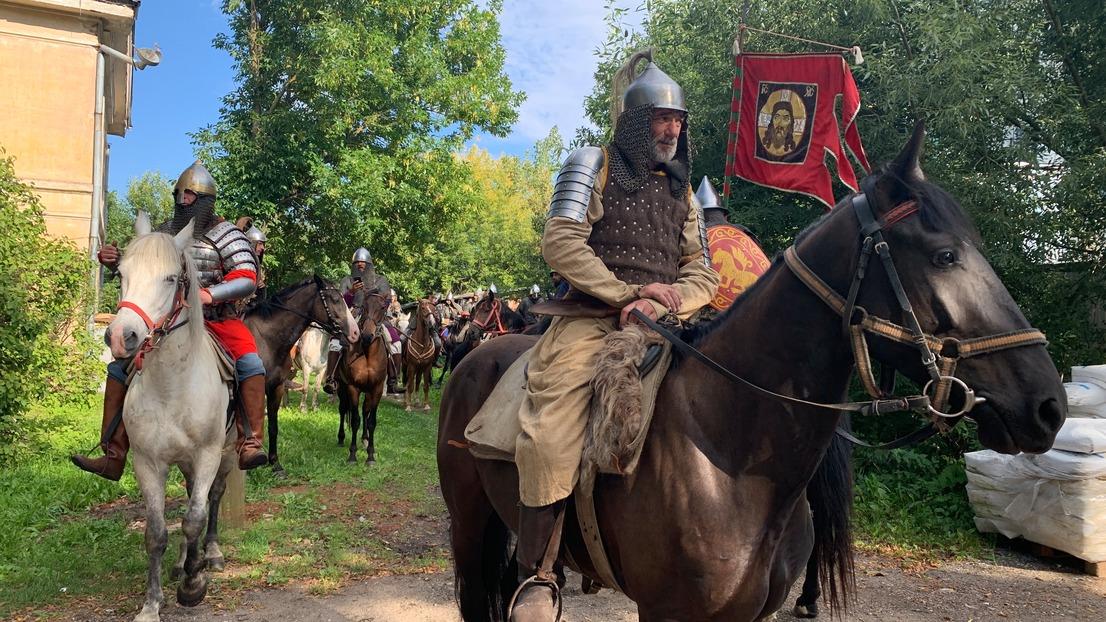 В Торжок Тверской области заявилась военная конница