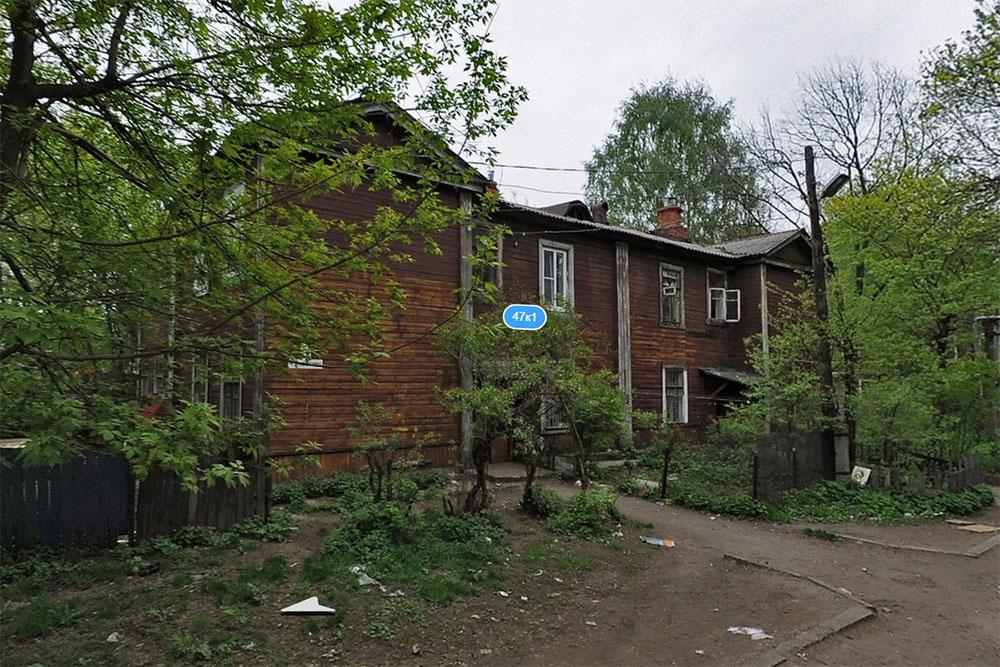 Администрацию Твери обязали срочно переселить жильцов из аварийного дома