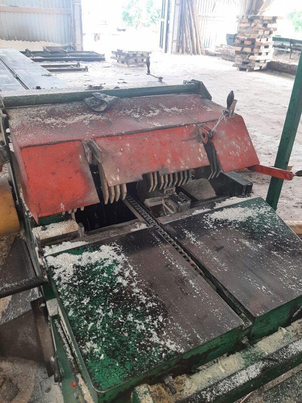 В Тверской области подросток, которого пустили к станку, повредил руку