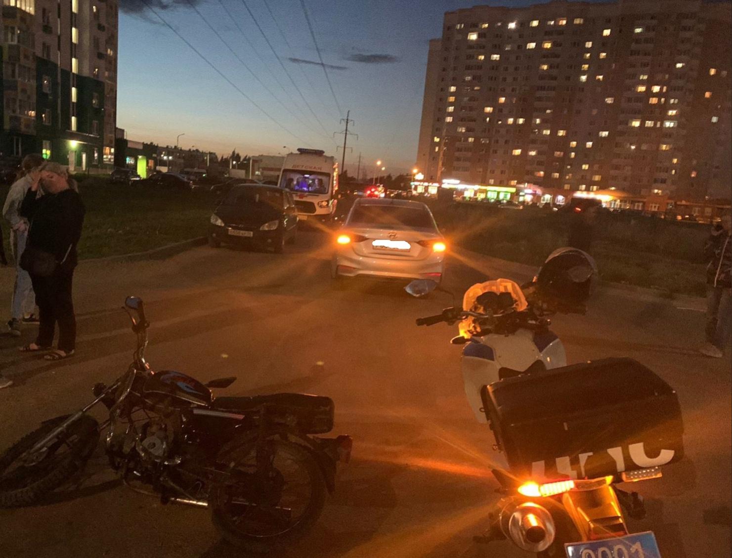 В Твери 14-летний мотоциклист попал в аварию