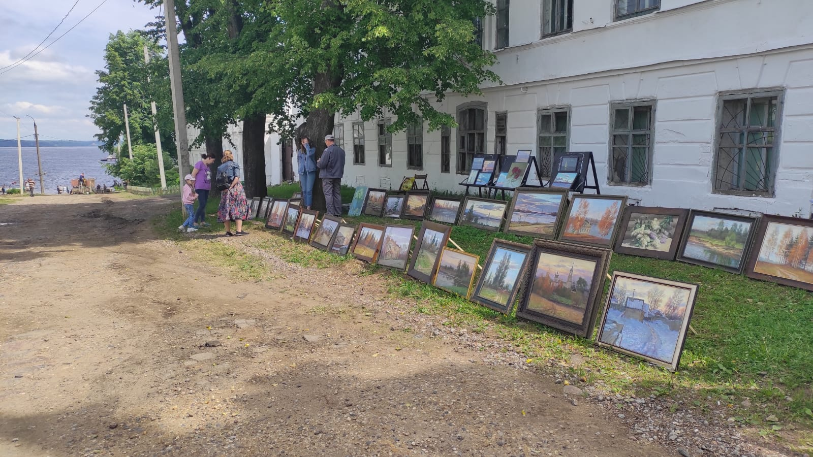 Новый учебный год Калязинская художественная школа начнет в новом здании