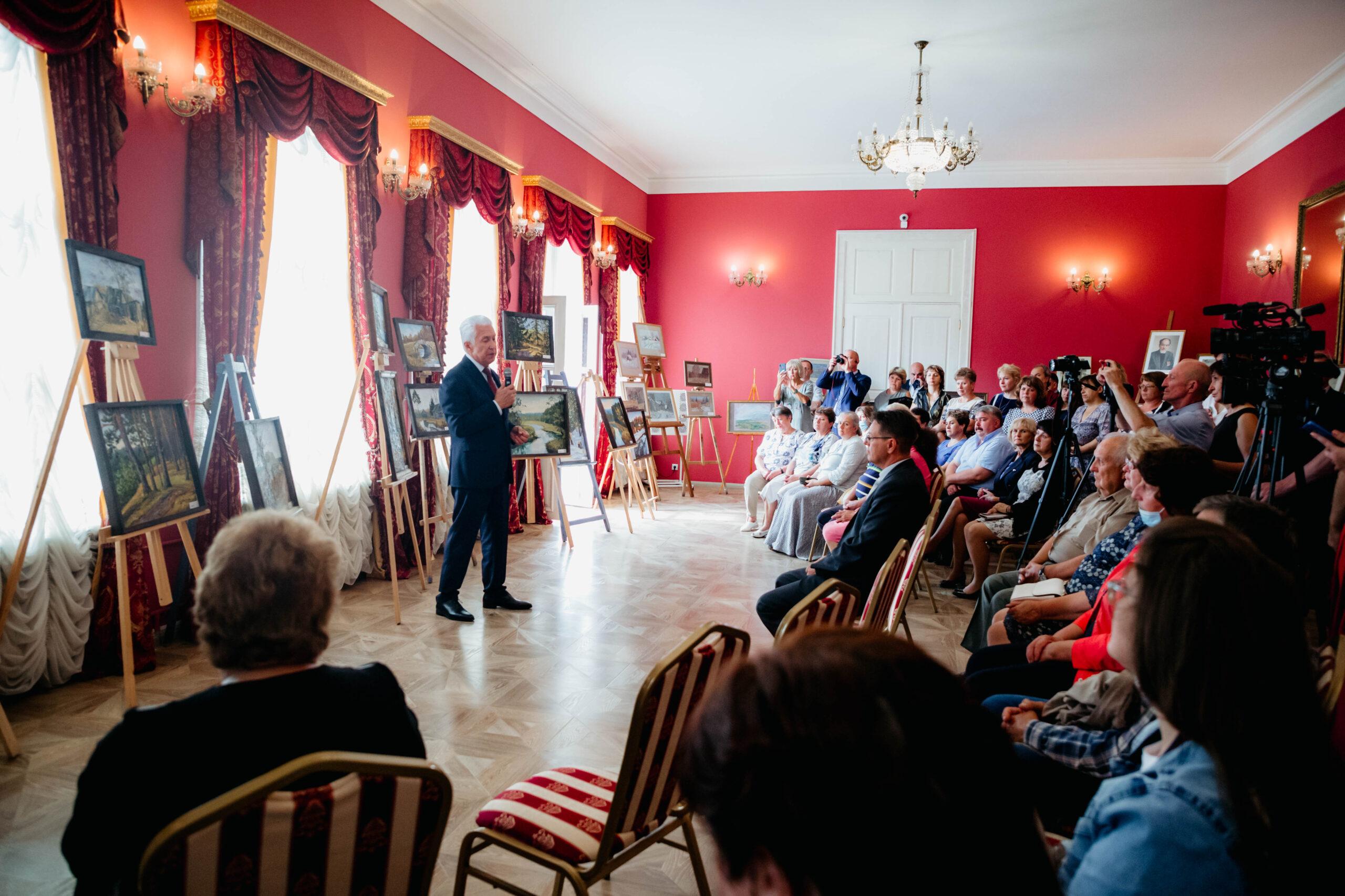 Мы выбираем время и путь: Владимир Васильев встретился с творческим сообществом Торжка