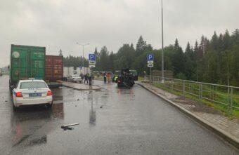Два человека погибли в ДТП на М-11 в Тверской области