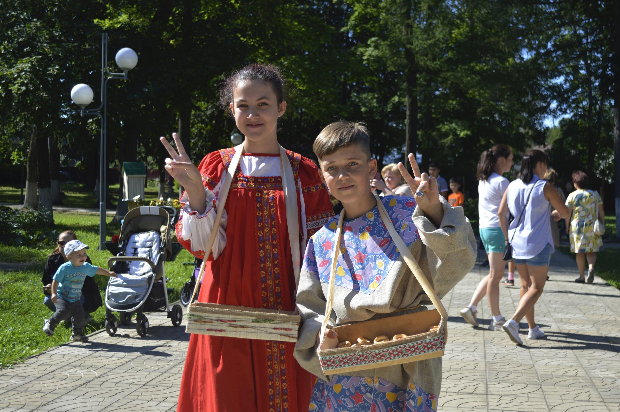 В Городском саду Лихославля прошел семейный праздник