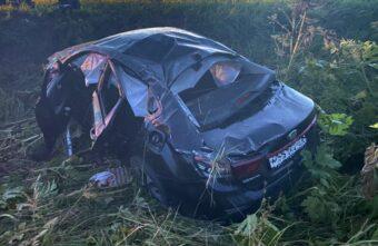 Двое молодых людей серьёзно пострадали в ДТП под Тверью
