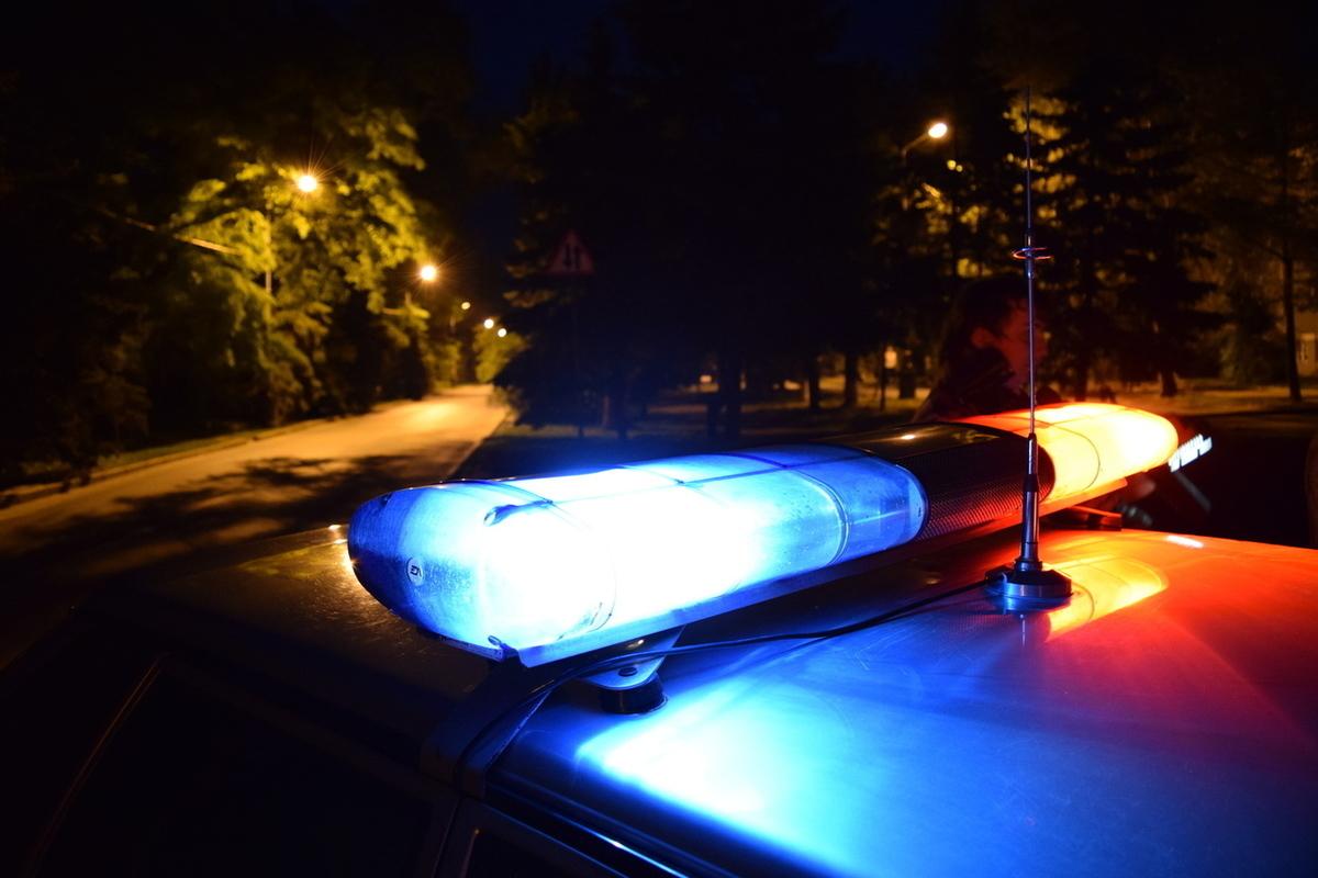 Пьяную женщину на тёмном шоссе под Тверью сбил подросток без прав
