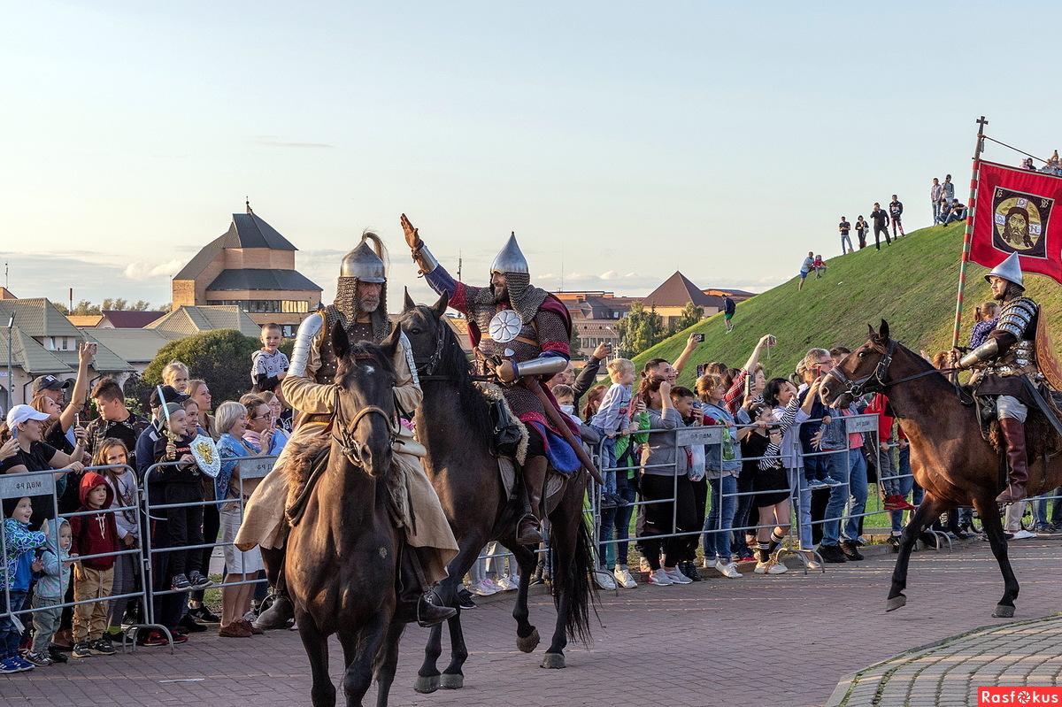 Жители Тверской области смогут увидеть конный поход Александра Невского