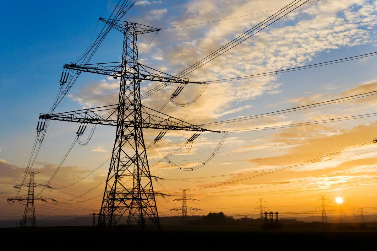 В Оленинском районе жителей обеспечили бесперебойным электричеством