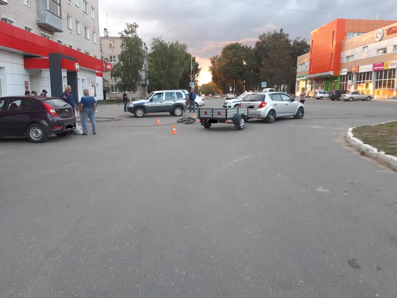 В Тверской области 7-летний мальчик на горном велосипеде врезался в машину
