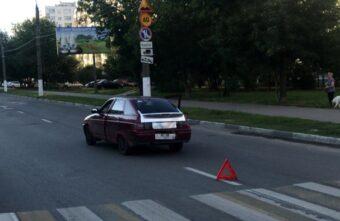 На пешеходном переходе в Твери машина сбила женщину