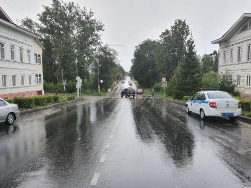 14-летний мотоциклист пострадал в столкновении с автомобилем в Тверской области
