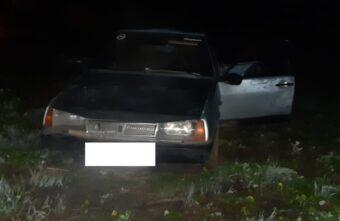 17-летний водитель и 16-летняя пассажирка пострадали в ДТП в Тверской области
