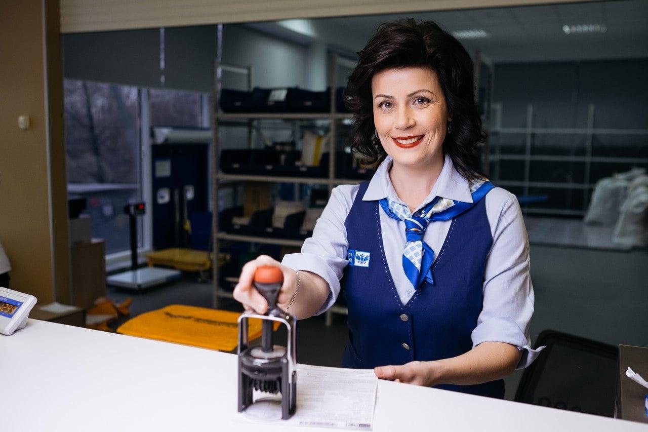 Почта России напоминает жителям Тверской области про электронную почтовую декларацию для международных отправлений