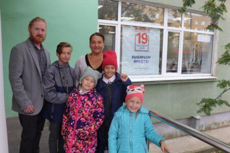 На выборах в Тверской области голосуют общественники, врачи и многодетные семьи