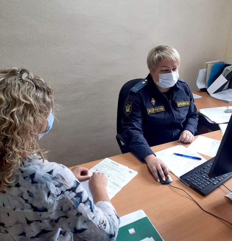 Жительница Тверской области задолжала своему ребёнку почти 100 тысяч рублей