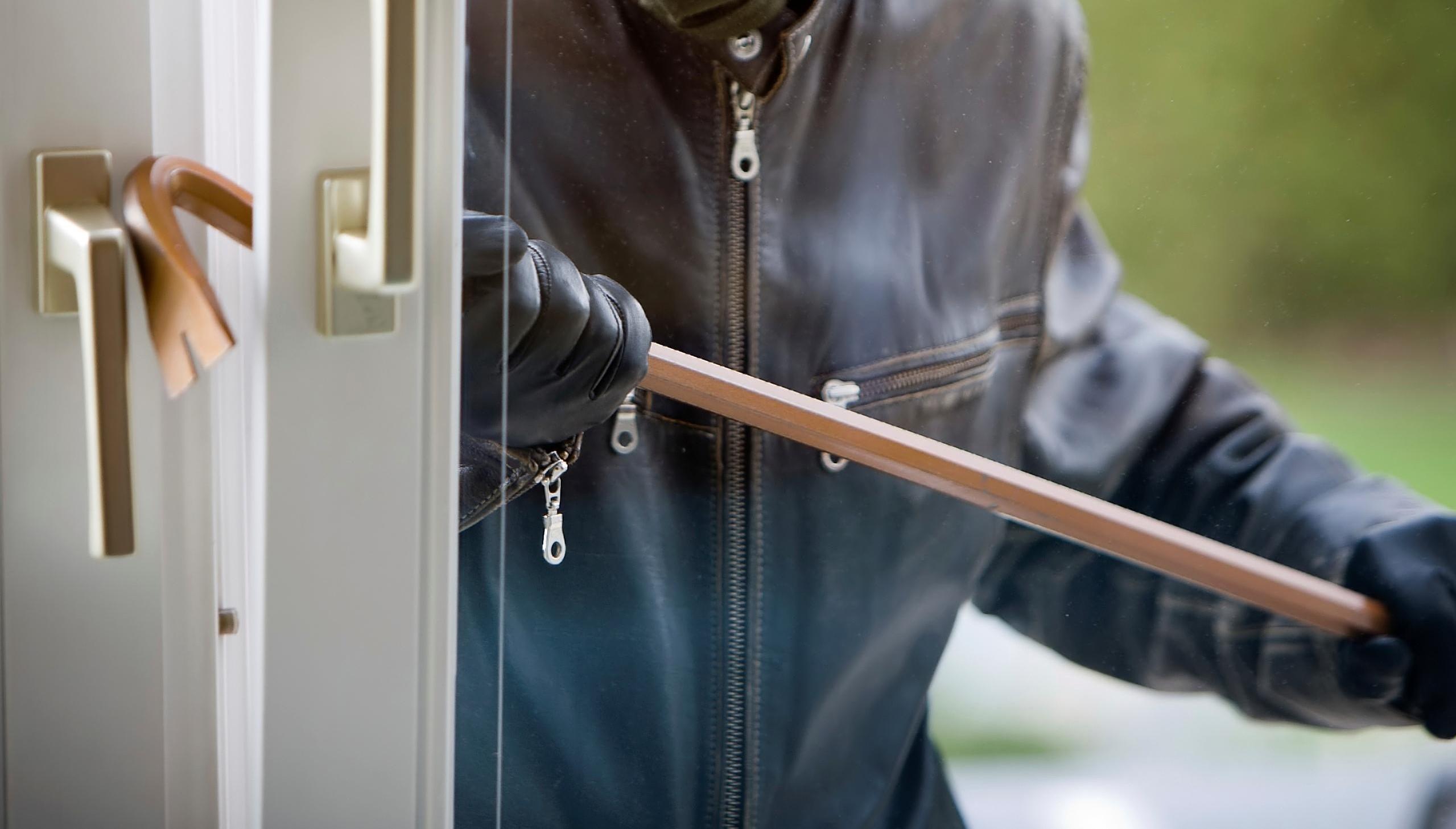 В Тверской области вынесли приговор серийным домушникам