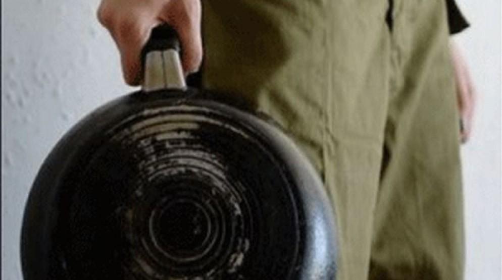 От бутылки до сковородки: драка в Тверской области закончилась приговором