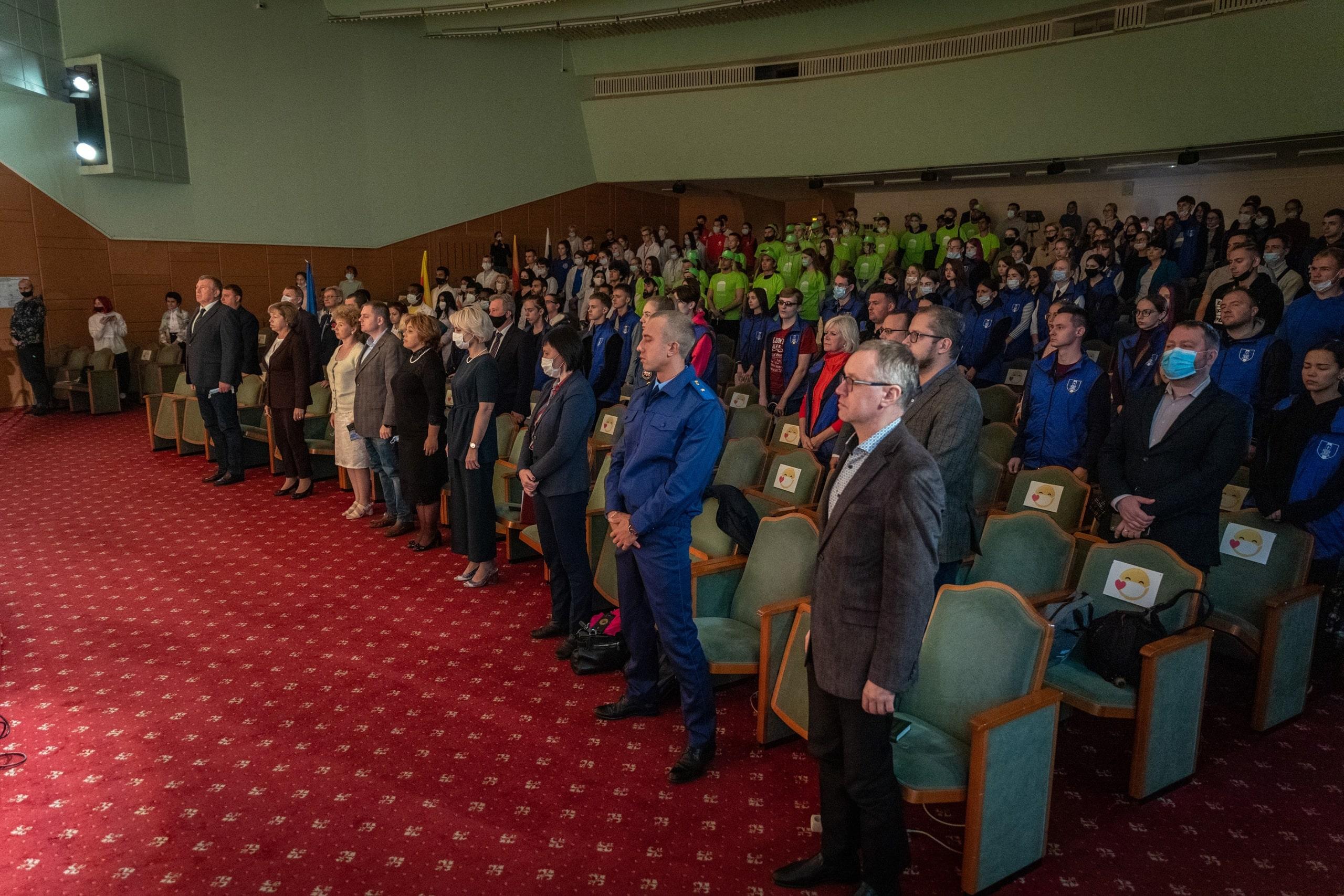 В День солидарности в борьбе с терроризмом студенты вузов Твери заложили «Аллею дружбы»