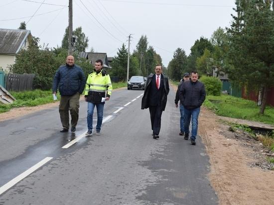 В Оленинском округе начали асфальтировать частный сектор