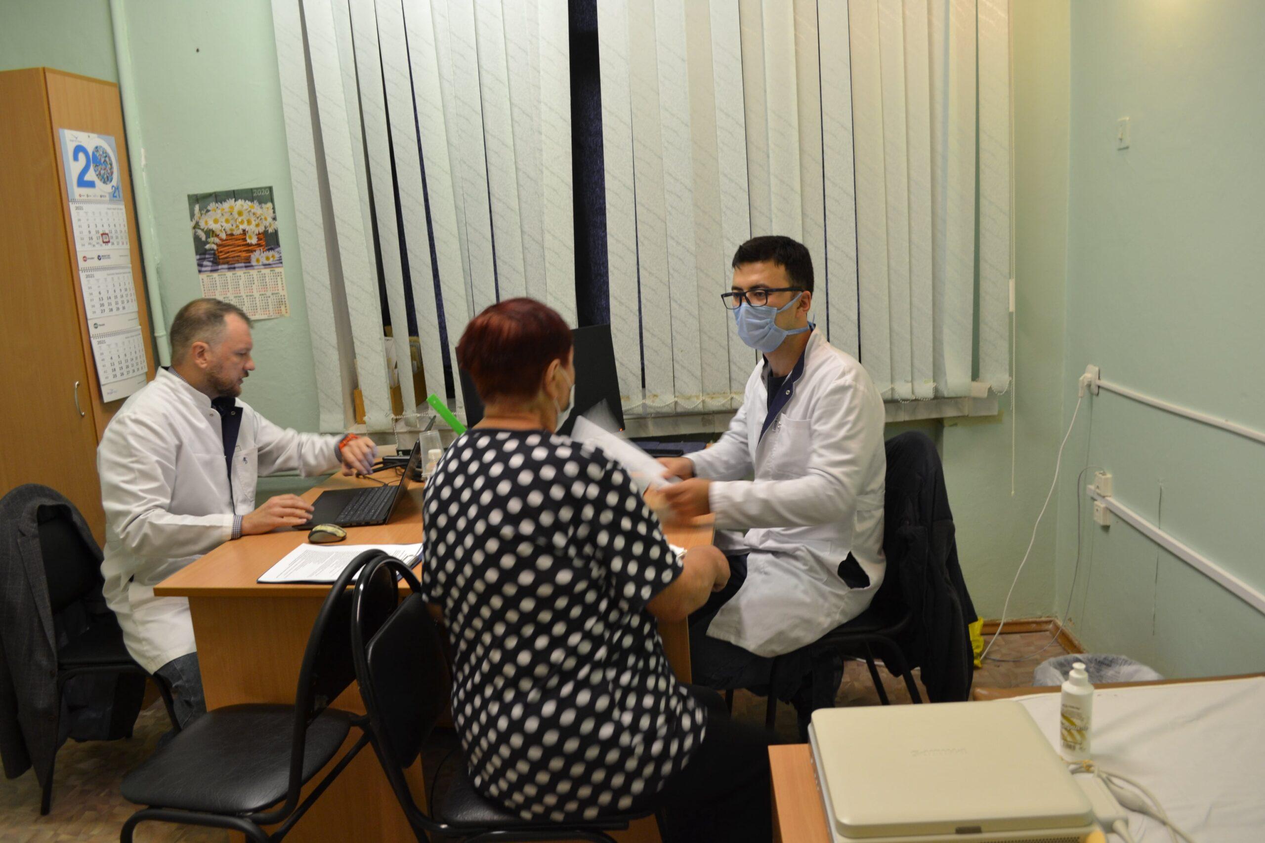 Ведущие специалисты Бакулевского центра провели в городе Конаково выездной прием