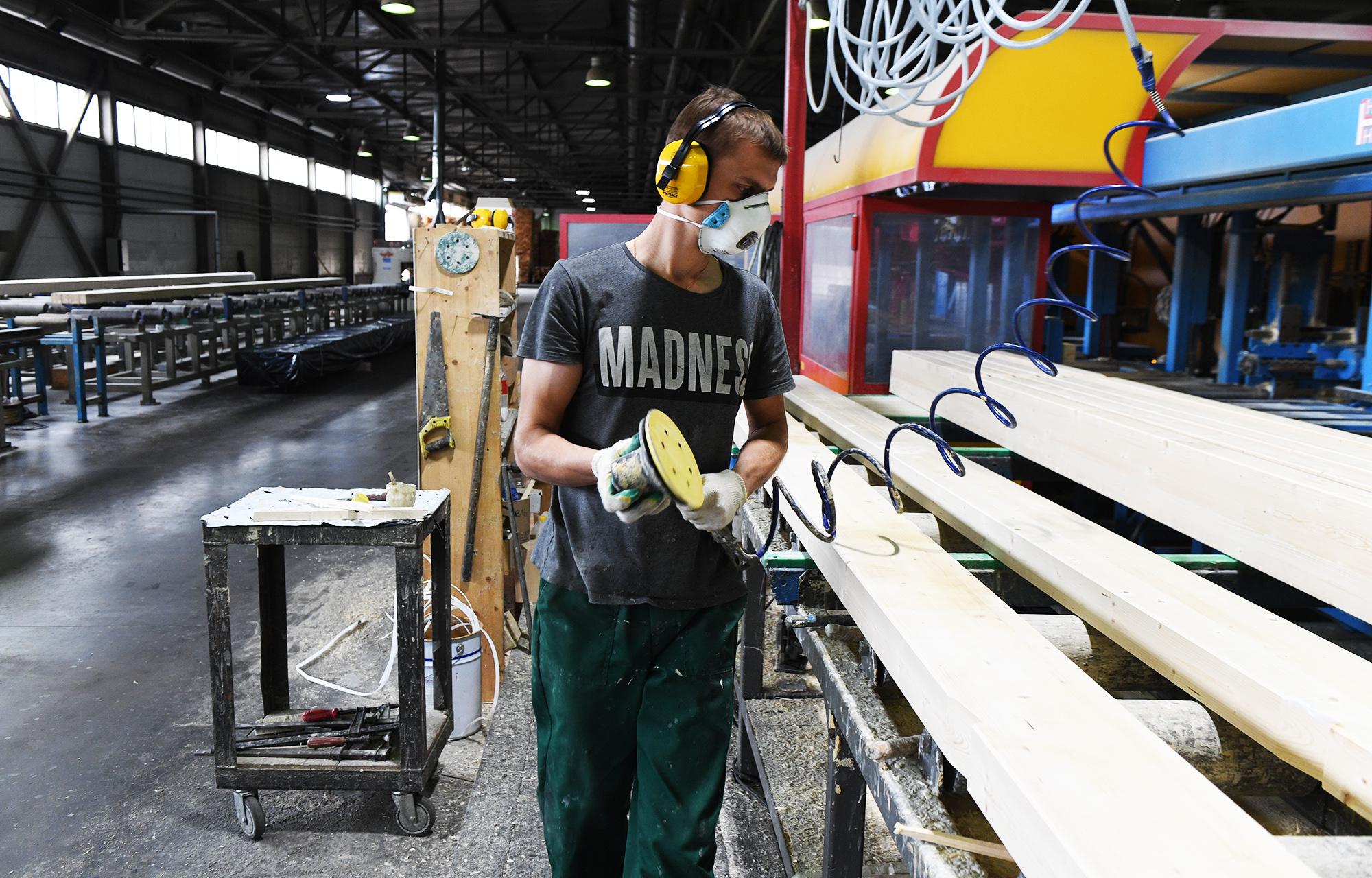Вышневолоцкийлеспромхоз получит поддержку для глубокой переработки древесины