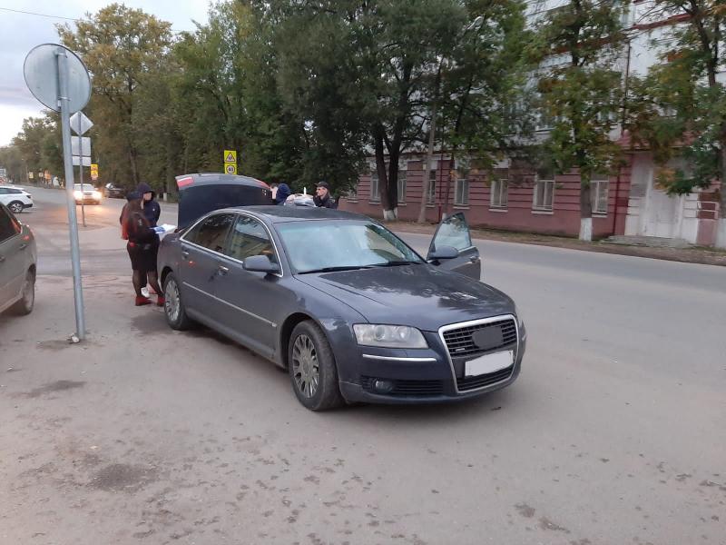 Молодой житель Тверской области расплачивался фальшивыми пятитысячными купюрами