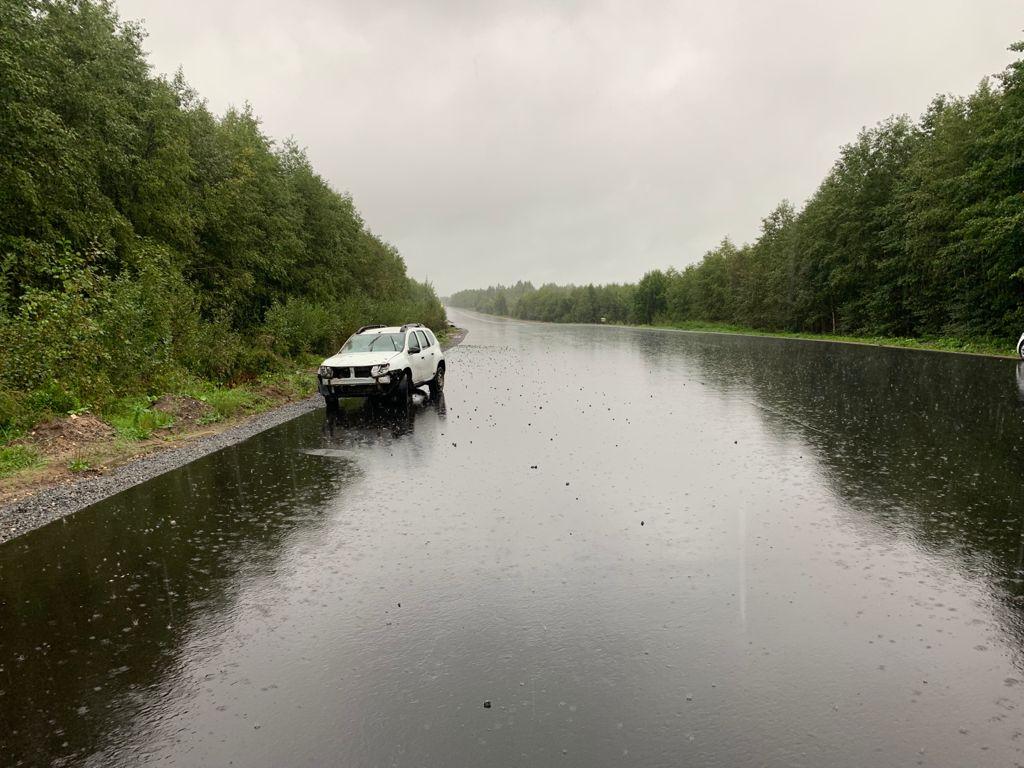 В Тверской области пострадала пассажирка вылетевшей в кювет иномарки
