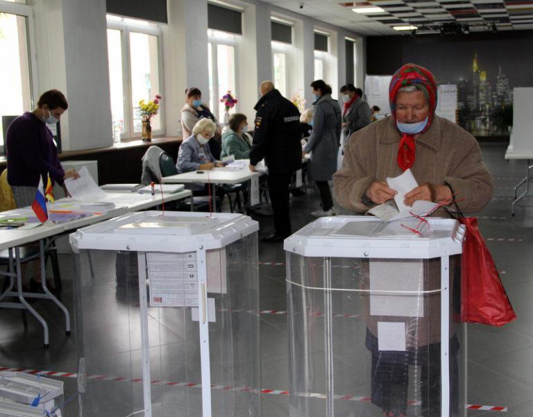 Жители Верхневолжья отмечают, что на участках для голосования комфортно и безопасно