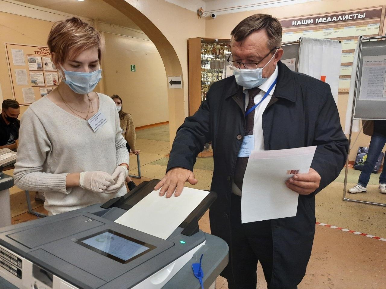 Александр Бутузов: «Голосование проходит в штатном режиме»