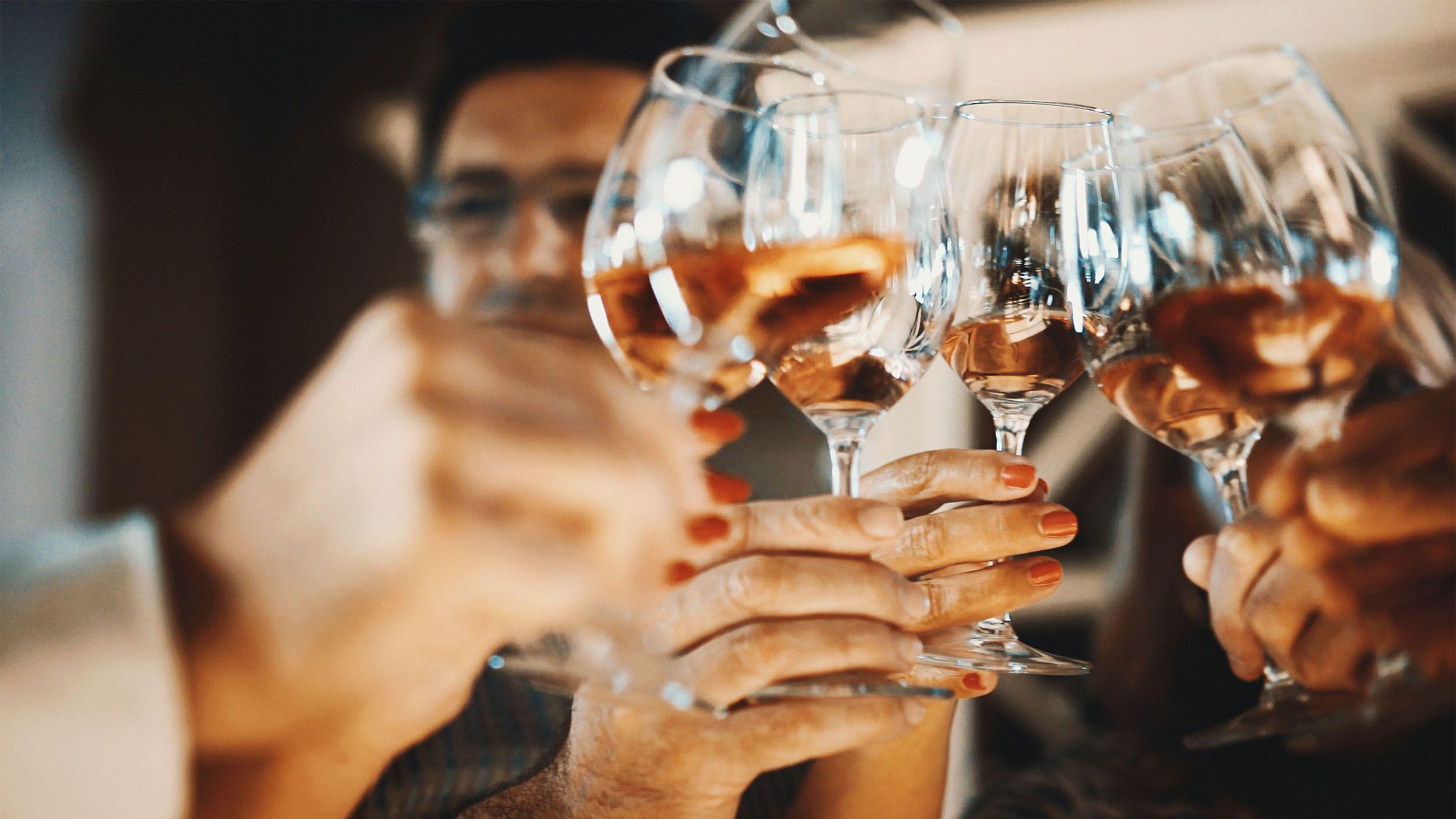Жителям Тверской области назвали самый опасный алкоголь