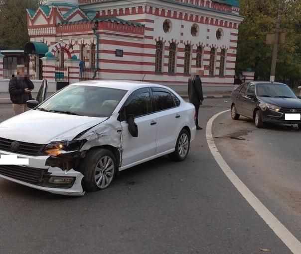 В Твери девушка пострадала в тройном ДТП, которое устроил пьяный водитель