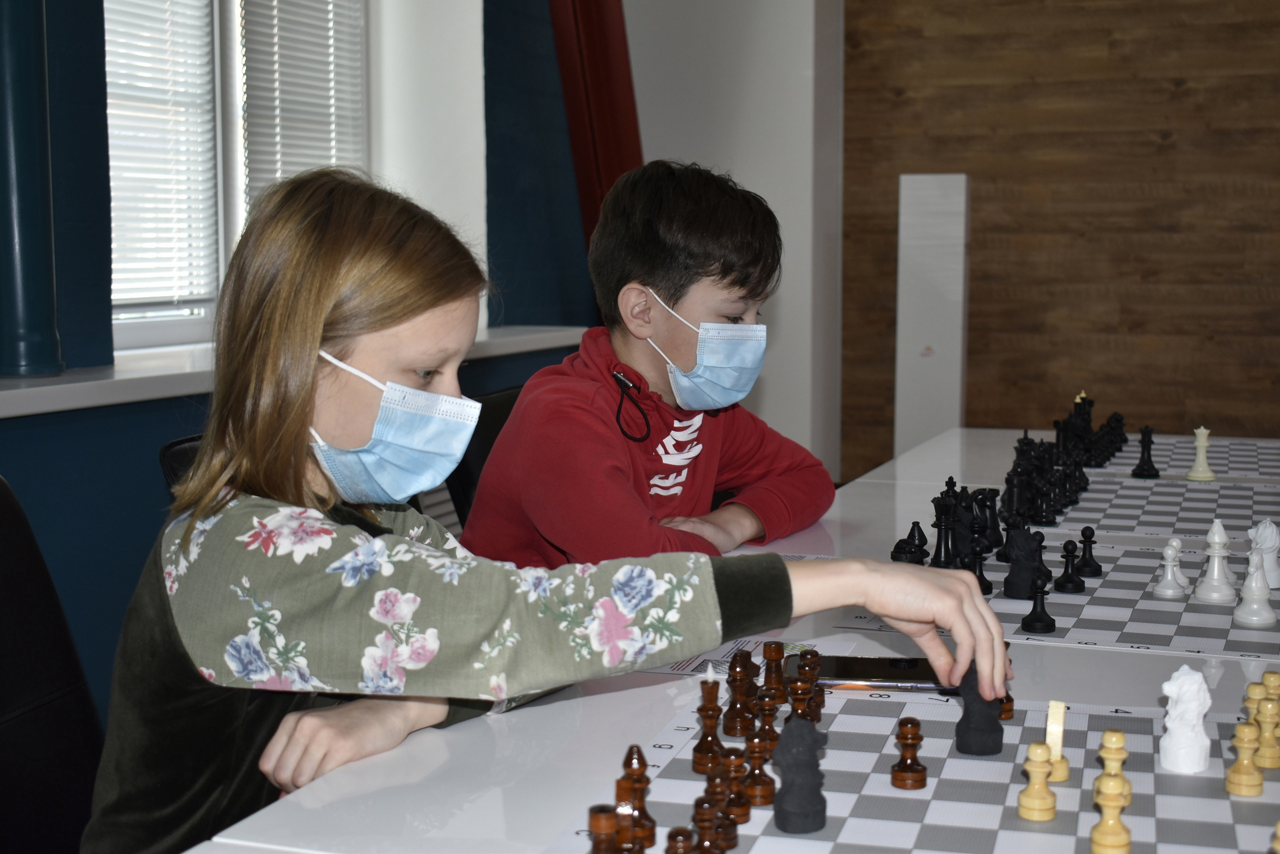 В Твери сыграли в медвежьи шахматы и обсудили роботов-шахматистов