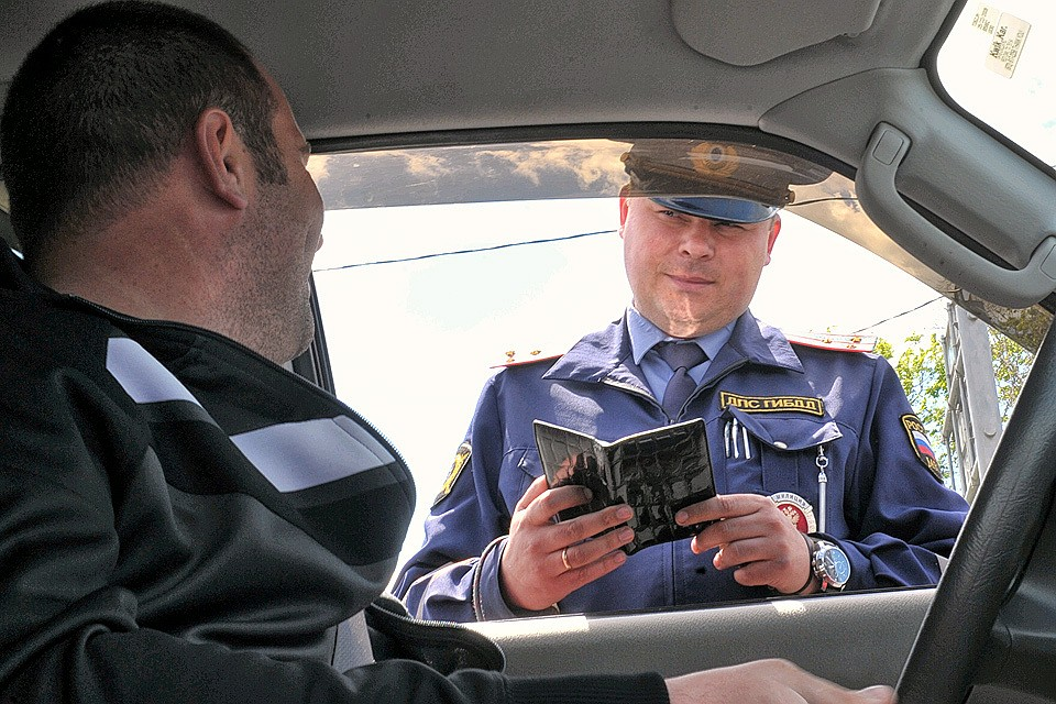 Водителей Тверской области могут лишить прав за долги