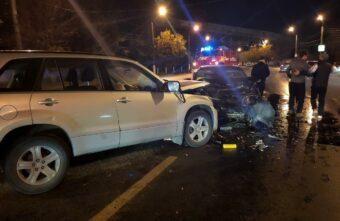 Женщина серьёзно пострадала в столкновении двух иномарок на тверской трассе